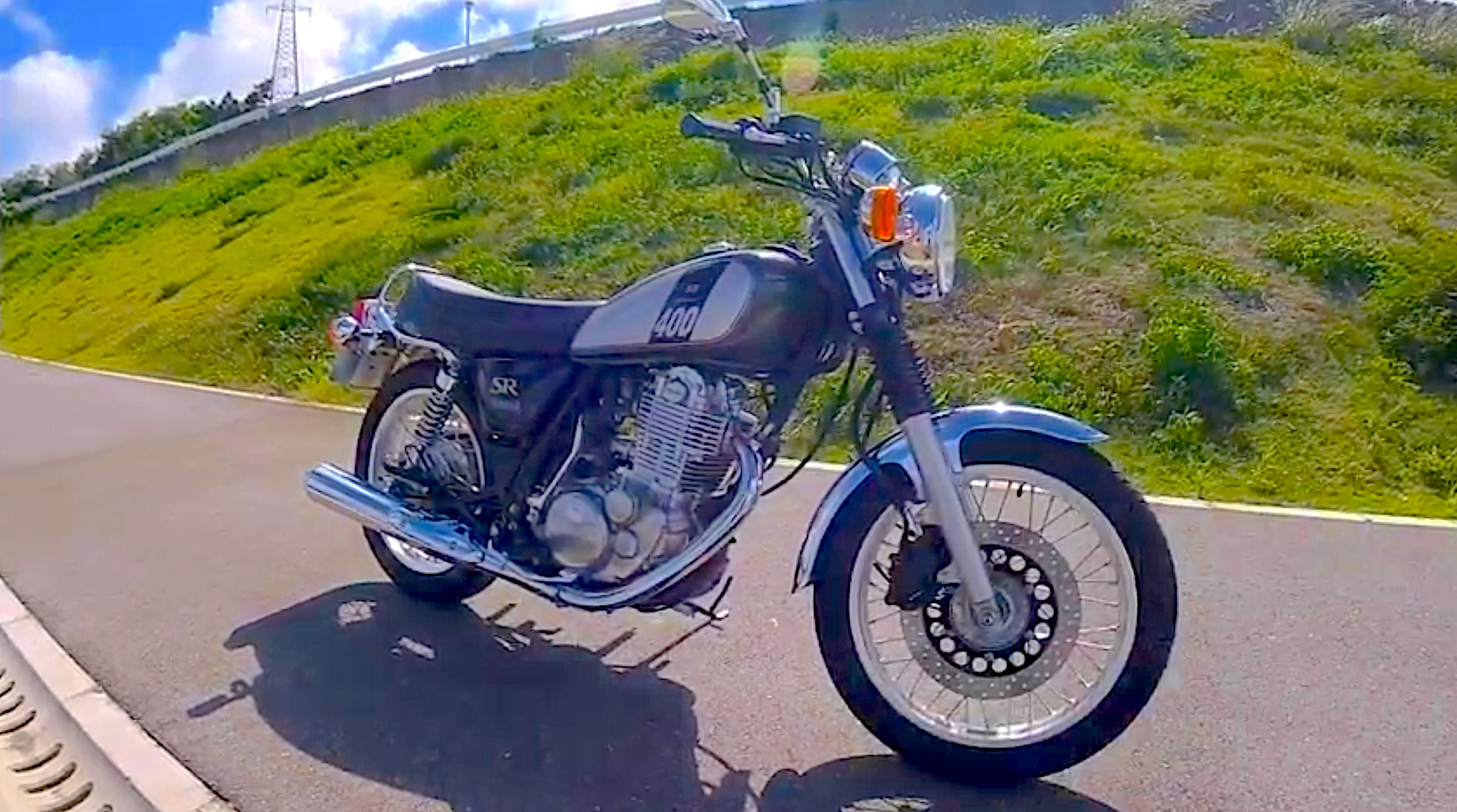 SR400(YAMAHA) 試乗レビュー